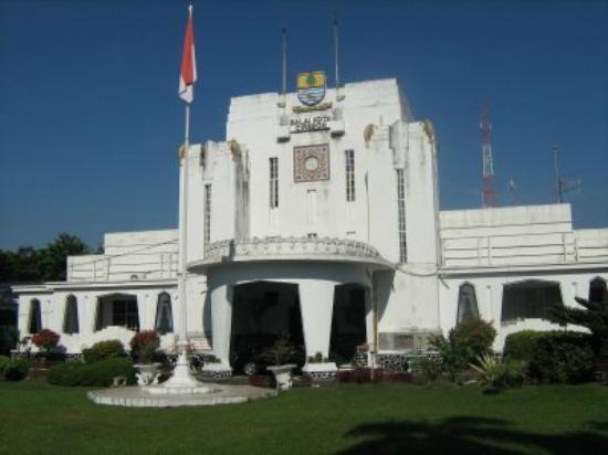 Balai Kota Cirebon