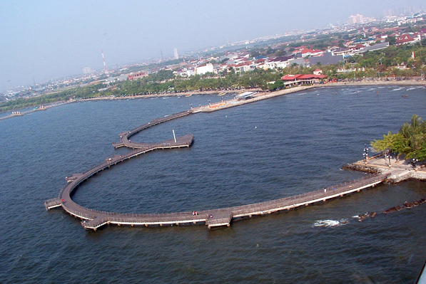 Jembatan Cinta Ancol