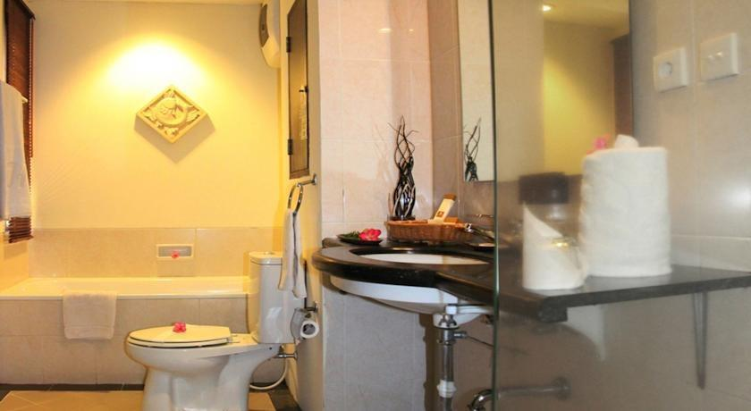 Hotel Jayakarta Anyer Serang - Kamar mandi