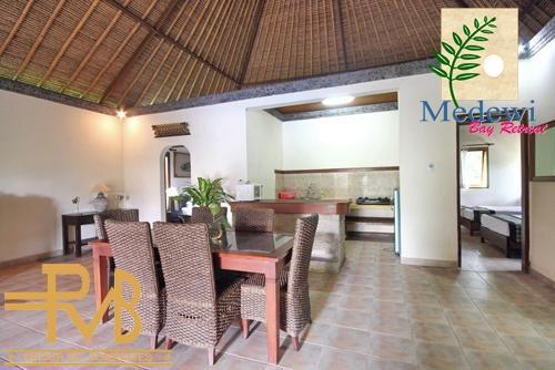 Medewi Bay Retreat Bali - 3 Bedroom Unit, Living Room