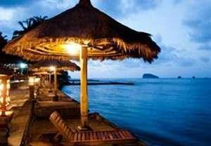 The Rishi Candidasa Beach Hotel Bali - Sun Loungers