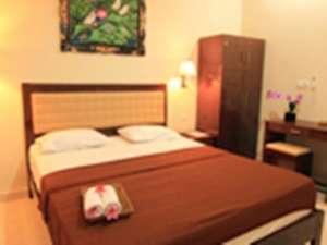 Catur Warga Hotel Lombok - Deluxe