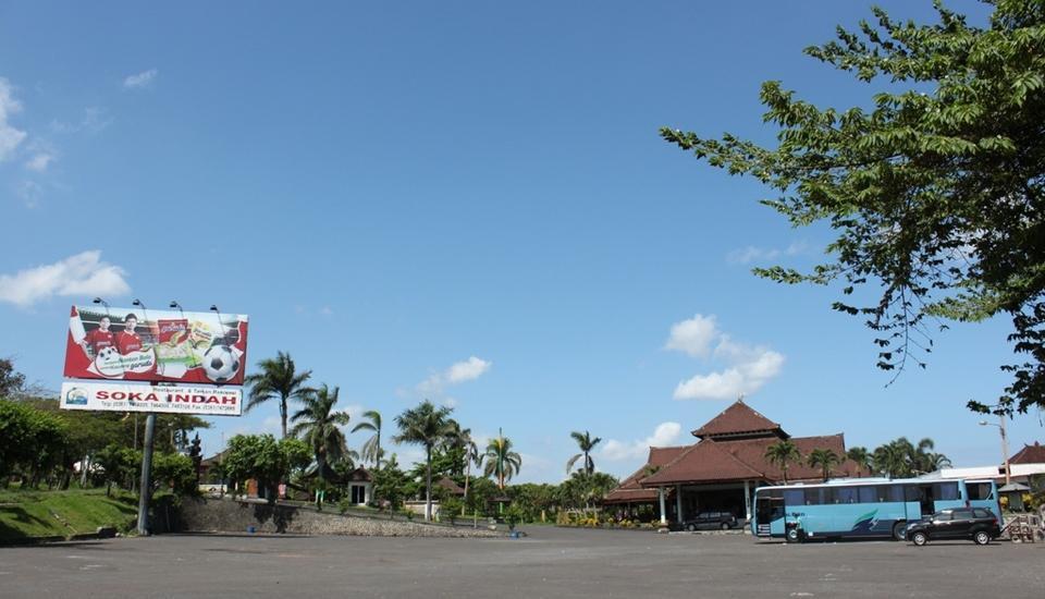 Soka Indah Bali - Parkir mobil