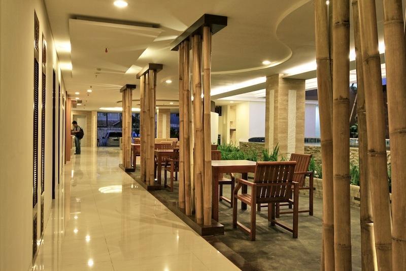 Cipaganti Legian Hotel Bali - Hallway Ground