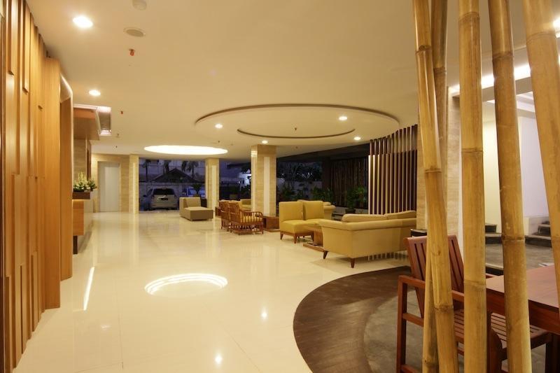 Cipaganti Legian Hotel Bali - Lobby Lounge