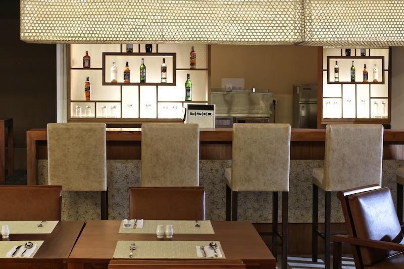 Cipaganti Legian Hotel Bali - Umami Restaurant & Bar