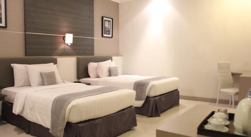 T Hotel Jakarta - Superior