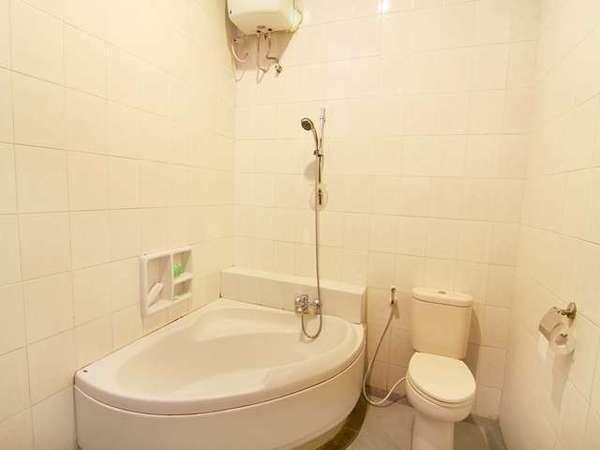 Omah Lawas Homestay Yogyakarta - Bathroom