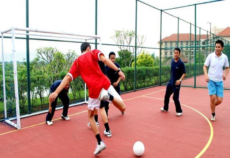 Mason Pine Hotel Bandung - Lapangan futsal