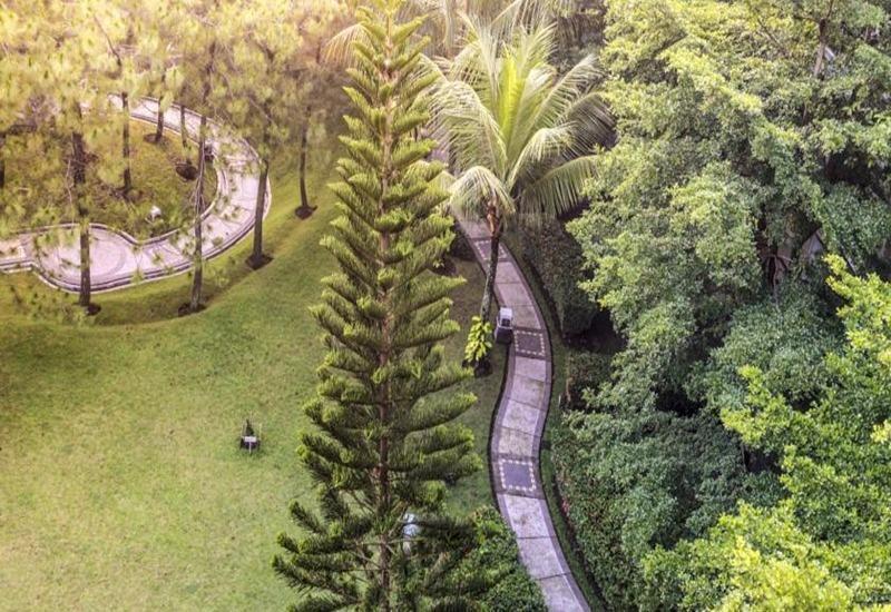 Mason Pine Hotel Bandung - View