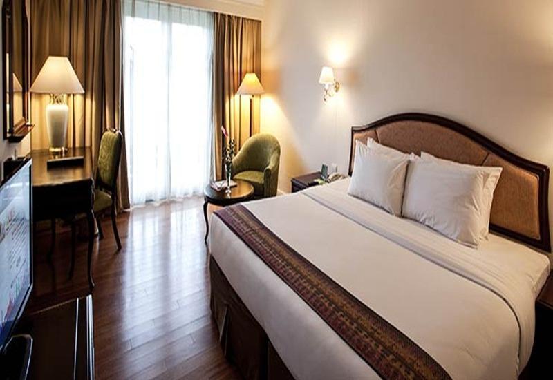Mason Pine Hotel Bandung - Deluxe King