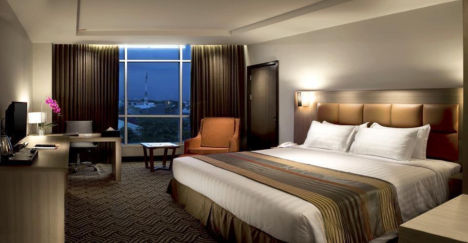 Cavinton Hotel Yogyakarta - Deluxe room