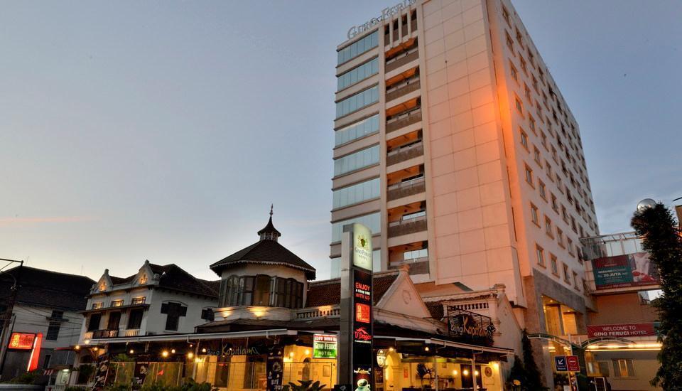 Gino Feruci Kebon Jati - Hotel Exterior