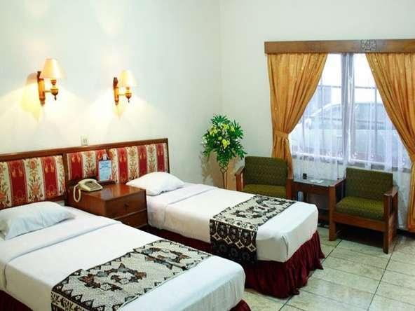 Hotel Kusuma Kartika Sari Solo - Executive