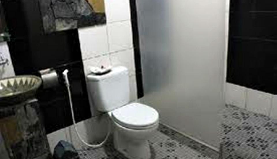 Rumah Palagan Yogyakarta - Bathroom