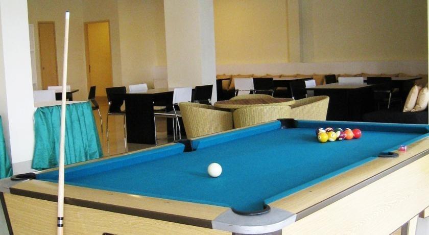 Griya Sintesa Manado - billiard