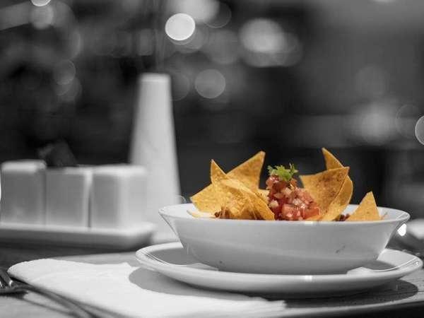 Sahid Gunawangsa Hotel Surabaya - Food