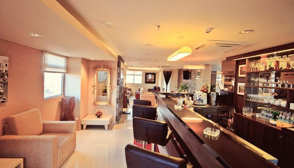 Gunawangsa Manyar Hotel Surabaya - Bouganville Lounge