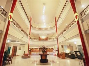 Plaza Hotel Tegal - Lobby