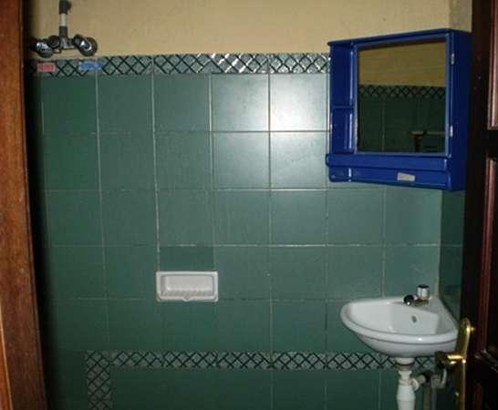 Joglo Putu Inten Jepara - Apartment Duyung Bathroom
