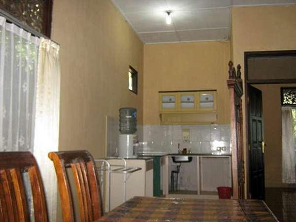 Joglo Putu Inten Jepara - Apartment Duyung Dinning Room