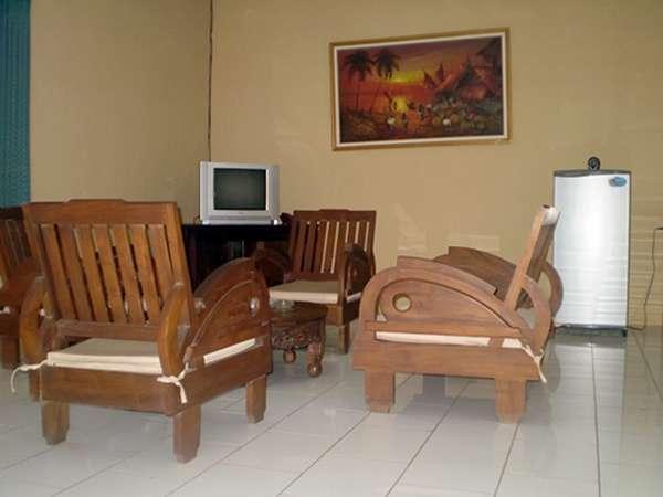 Joglo Putu Inten Jepara - Begonia Living Room