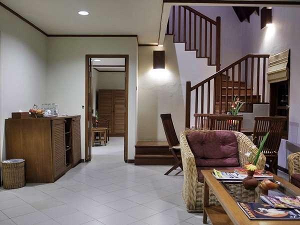Tanjung Lesung Beach Hotel Pandeglang - Living Room