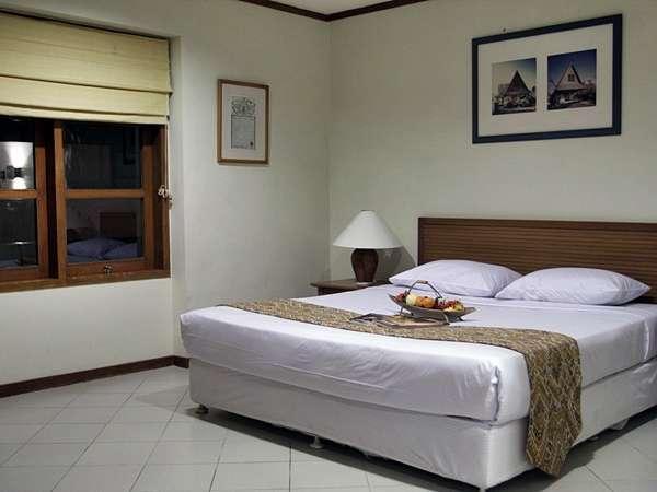 Tanjung Lesung Beach Hotel Pandeglang - Main Bedroom