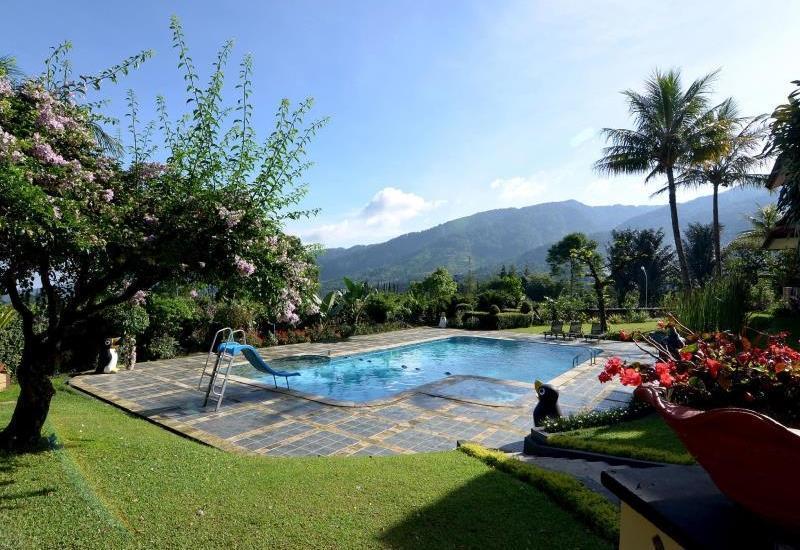 The Jayakarta Cisarua - Water Pool