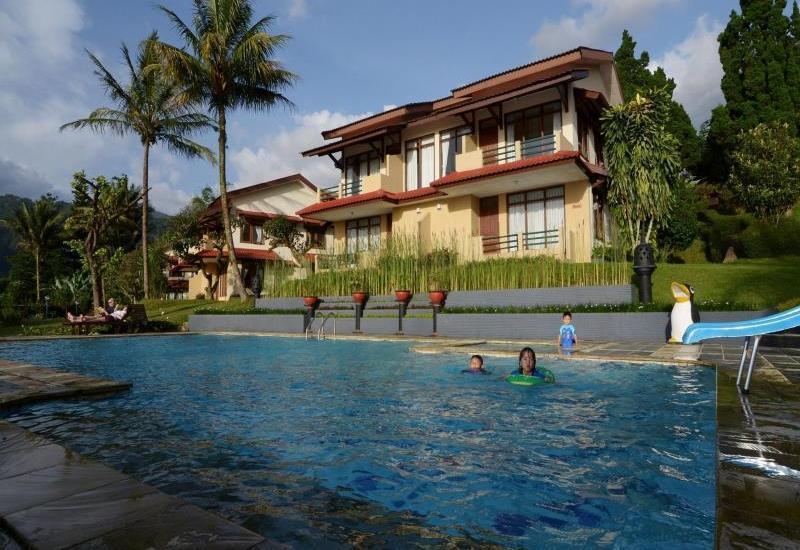 The Jayakarta Cisarua Bogor - view of the pool