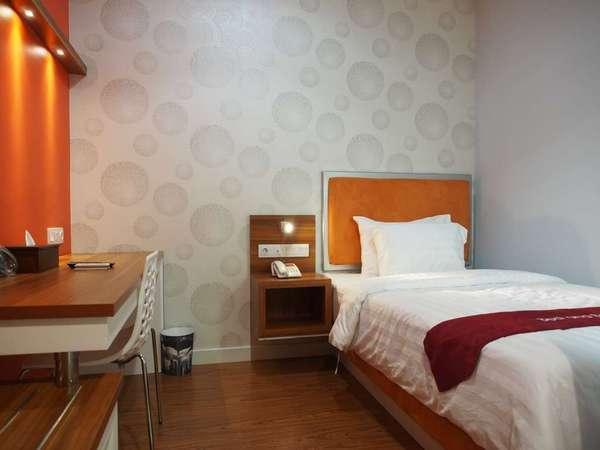 Hotel Bed andBreakfast Surabaya - Kamar Single Regular Plan