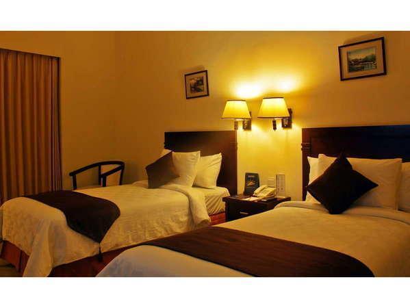 The Sun Hotel Surabaya - Deluxe Twin