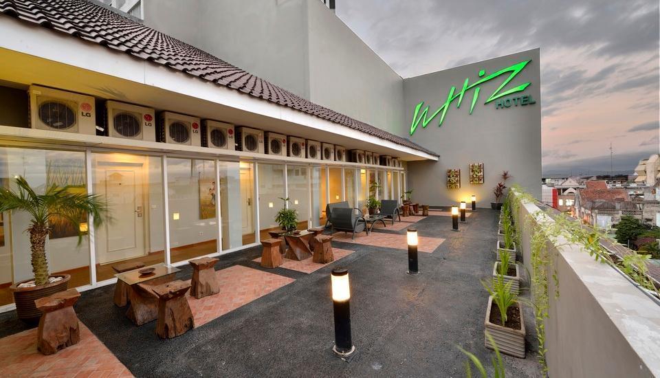 Whiz Hotel Yogyakarta - Garden