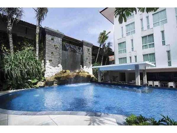 Bintang Kuta Hotel Bali - Pool Bar