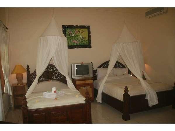 Suma Hotel Bali - twin bedroom