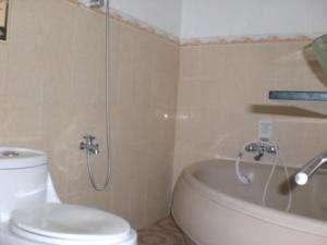 Hotel Chadea Inn Yogyakarta - Bath