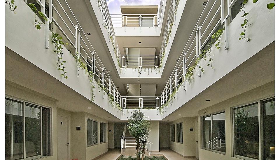 LeGreen Suite Pejompongan - Hotel