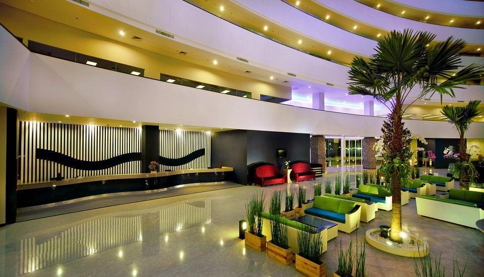 Aston Cirebon - Lobi hotel
