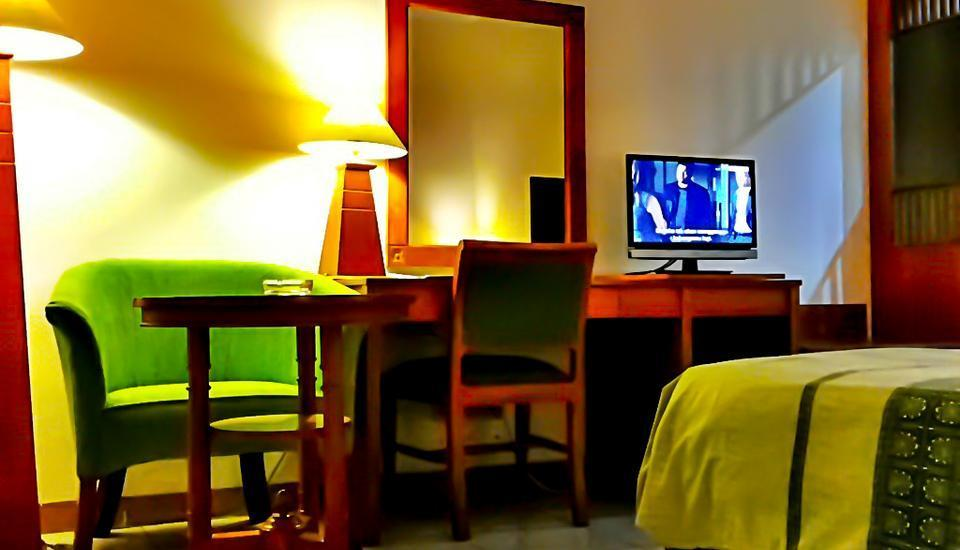 Griya Sentana Hotel Yogyakarta - Bedroom (high)