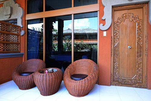 Wina Holiday Villa Bali - Depan Kamar