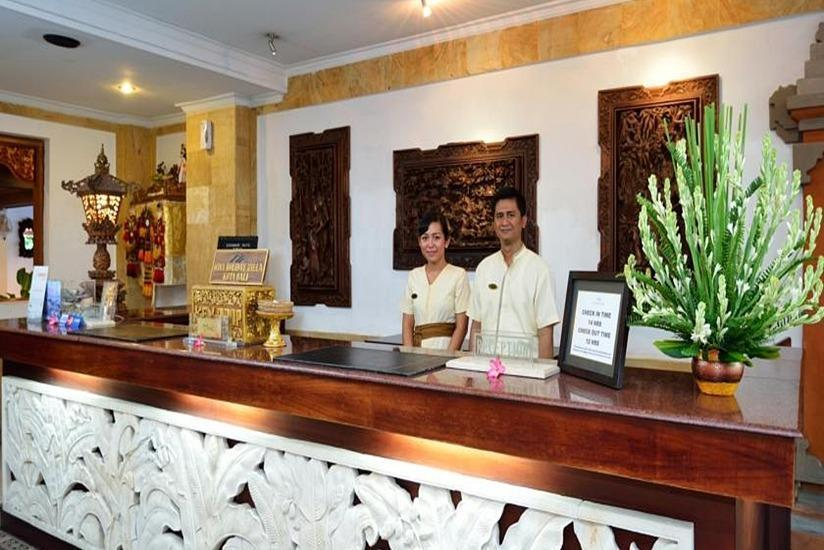 Wina Holiday Villa Kuta - Receptionist