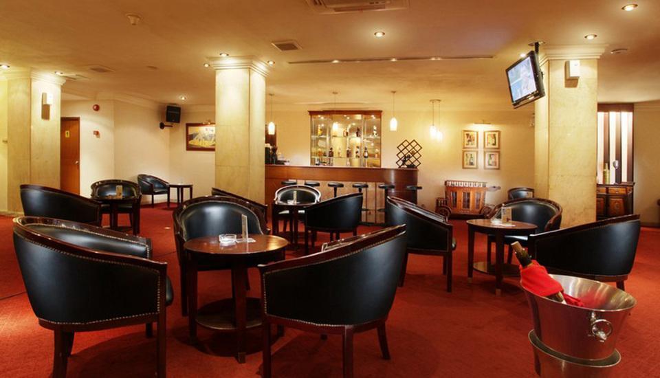 Hotel New Saphir Yogyakarta - Lounge