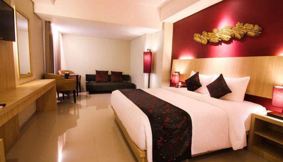 The Kana Kuta Hotel Bali - Deluxe Keluarga with Buffet Breakfast Last Minute Special Rate includes 46% discount