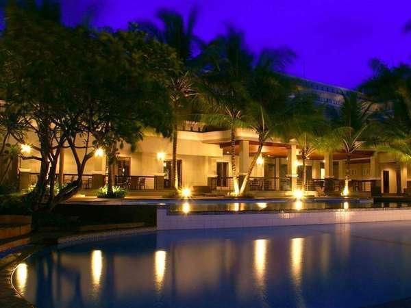 The Acacia Hotel  Anyer - Pool