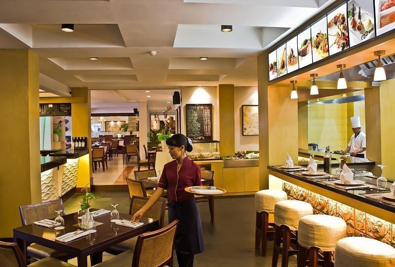 Bali Rani Hotel Bali - Restaurant