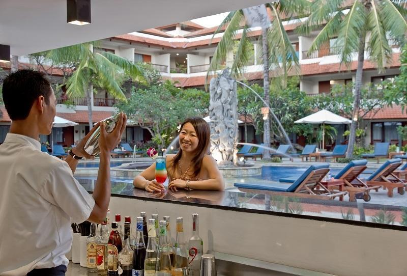 Bali Rani Hotel Bali - Pool Bar