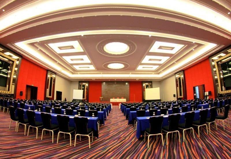Merlynn Park Hotel Jakarta - Casa Grande Ballroom
