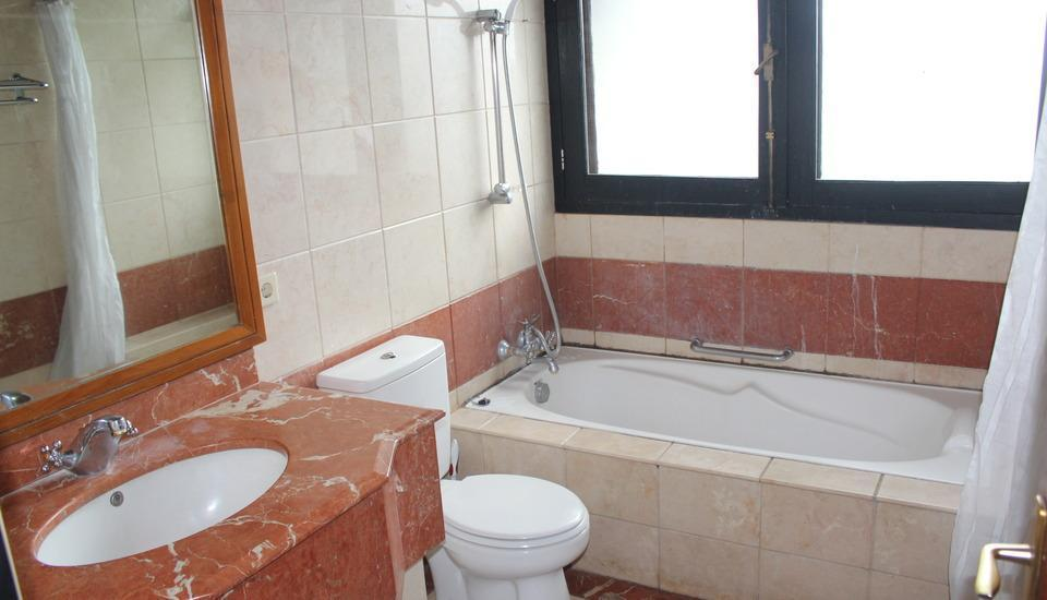 OBC Guest House Bandung - Bathroom