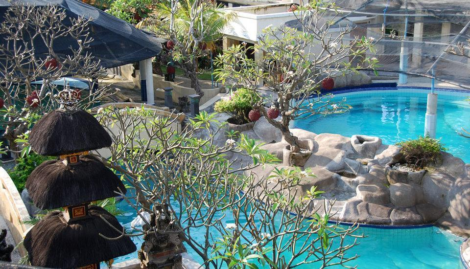 Melka Excelsior Hotel Bali - Dolphin Pool