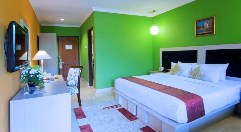 Royal Orchids Garden Hotel Malang - Rooms